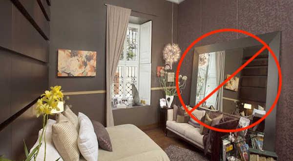 No tengas espejos frente a tu cama. Feng Shui.