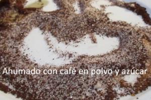 Ahumado con café en polvo