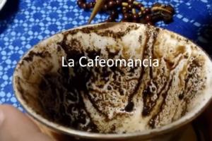 La Cafeomancia el oráculo de los granos de café